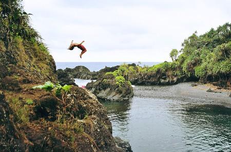 Cliff jumping in Hana, Maui