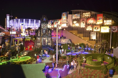Hollywood Drive-In Golf at Universal CityWalk features two 18-hole courses based on classic drive-in-era horror and sci-fi movies.