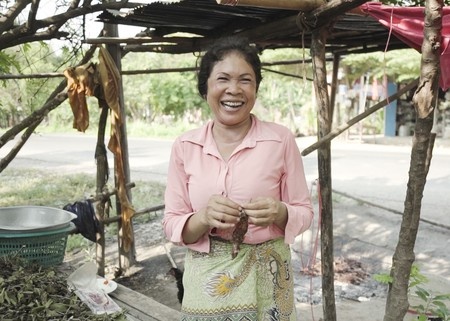 Learning some basic Khmer phrases can help you make friends in Cambodia