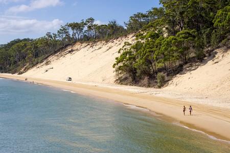 Moreton Island sand dune © James Niland / Flickr