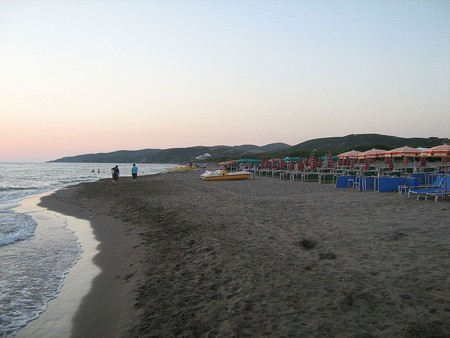 Spille Beach at sunset