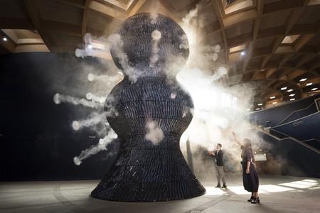 Azusa Murakami and Alexander Groves of Studio Swine interacting with '∞ Blue (Infinity Blue)'