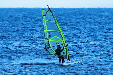 Kite surfing in Malta