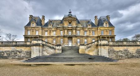 Maisons Laffitte, France |© Pack-Shot / Shutterstock