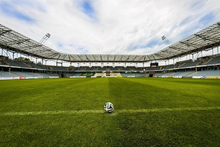 Football Pitch | © jarmoluk / Pixabay