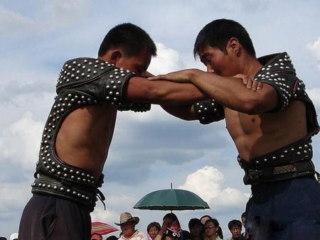 Daur Wrestling