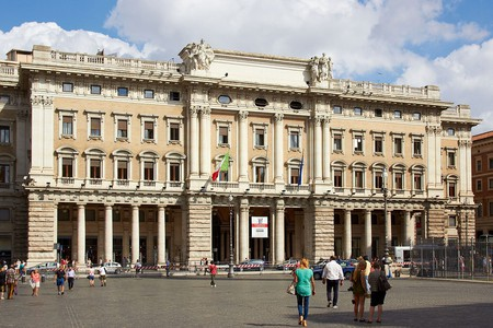 Galleria Alberto Sordi dates back to 1922