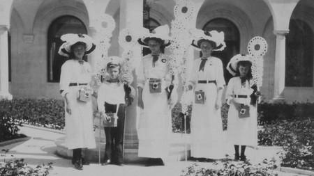 Romanov children at the family's summer residence in Livadia, Crimea in 1912