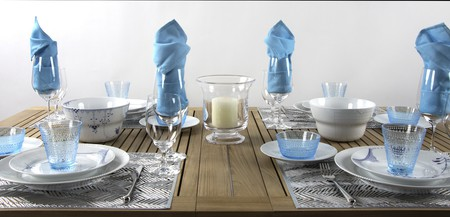 Royal Copenhagen White Elements & Blue Mega setting