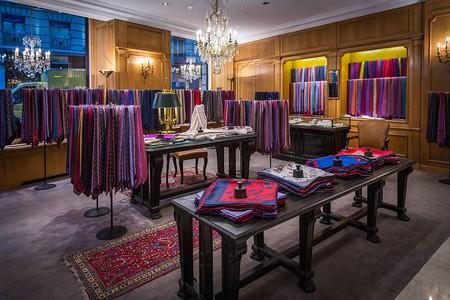 Charvet was theworld's first shirt shop