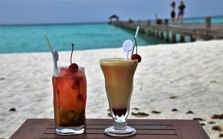 Cocktails on a tropical beach