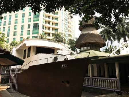 Masjid Perahu's boat building next to the main mosque hall | Edira Putri / © Culture Trip