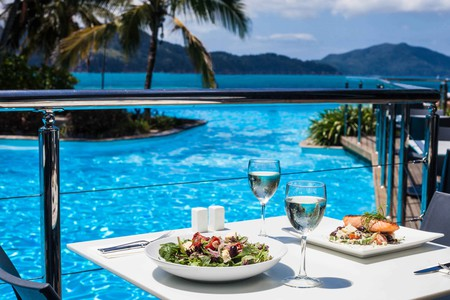 Poolside dining at Sails