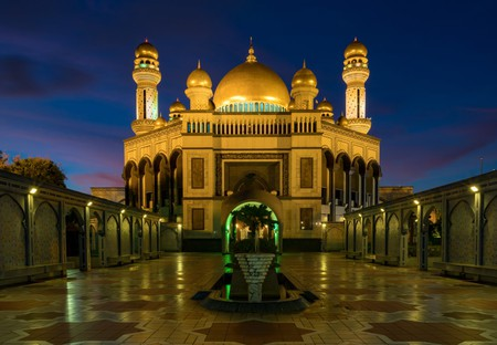 Brunei's largest mosque