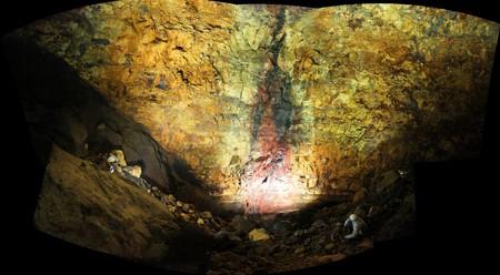 Inside Thrihnukagigur Volcano
