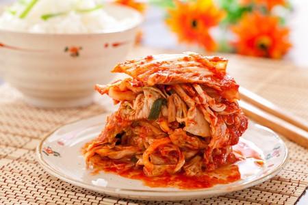 Kimchi salad with rice