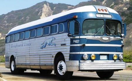 A New York-bound Greyhound bus