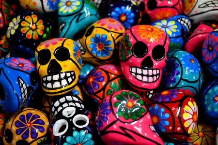Day of the Dead-inspired ceramic skulls | © David Boté Estrada / flickr