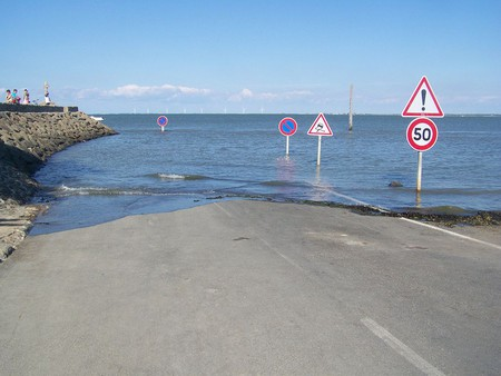 Le Passage du Gois floods on a daily basis