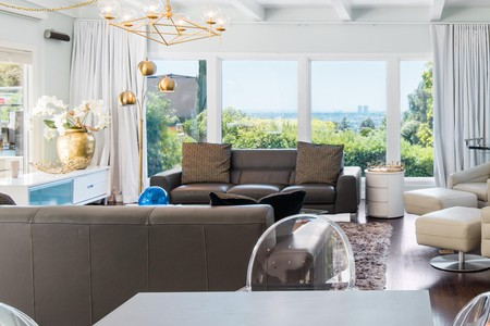 Luxury villa with hot tub