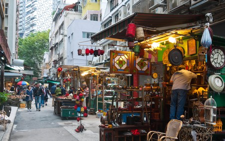 Hong Kong - Cat street antiques market