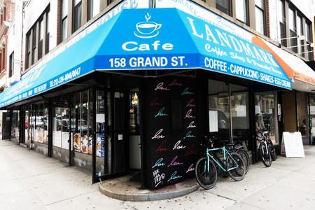 Landmark Coffee Shop and Pancake House in SoHo, Manhattan