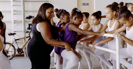 Daiana teaches ballet to young girls from impoverished areas in Rio de Janeiro