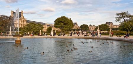 Beautiful spaces like the Tuileries Garden adorn Paris's 1st arrondissement