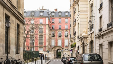 The streets of Le Marais are lined with trendy boutiques and bars