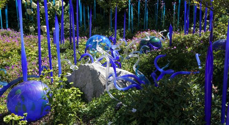 Chihuly Garden and Glass showcases Dale Chihuly's work