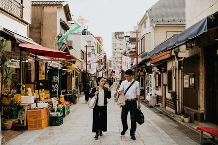 Satoko Utsugi leads groups around Tokyo while teaching them about sake