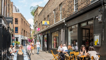 Outdoor restaurants in Camden Passage, Islington