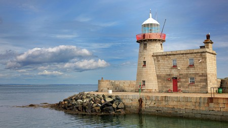 Spend a day in the village of Howth