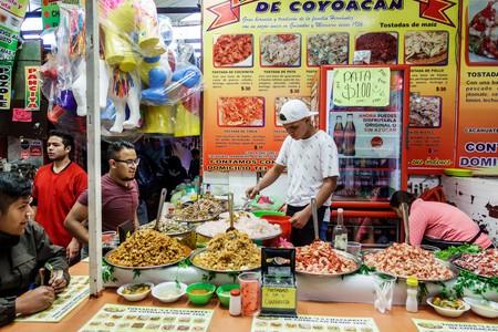 Mexico City Mexico Ciudad de Federal District Distrito DF D.F. CDMX Mexican Hispanic Coyoacan Del Carmen Mercado de Coyoacan market food vendor tostad