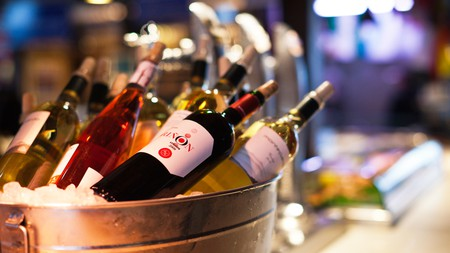 Discover the best wine bars in Las Vegas