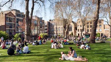 Chill out in Shoreditch's Hoxton Square