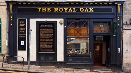The Royal Oak offers free live music sessions