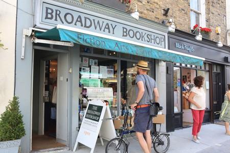 Broadway Bookshop, on trendy Broadway Market in Hackney, East London, E8, England, UK. Image shot 07/2012. Exact date unknown.