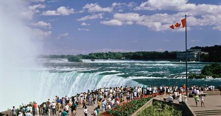 The spectacular Horseshoe Falls has made the Niagara Falls a must-visit tourist destination