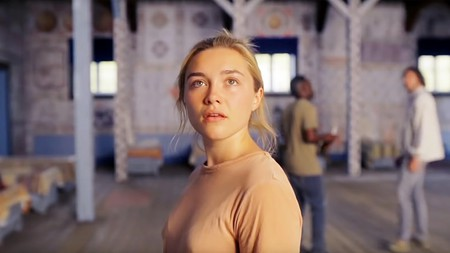 Florence Pugh stars in 'Midsommar' (2019)