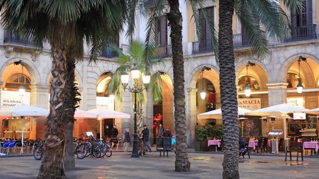 Many of Barcelona's best bars are located in the Gothic Quarter