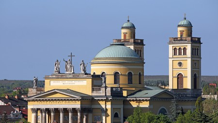 A highlight of Eger's architecture is its Neoclassical basilica