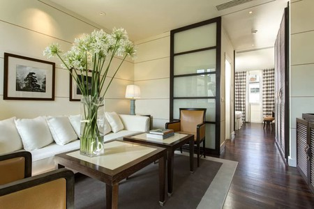 Gallery Hotel Art features contemporary, minimalist Tuscan design