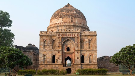 Bara Gumbad Tomb, Lodhi Gardens, New Delhi