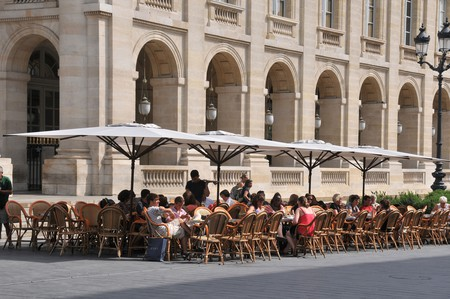 "Sit ""en terrasse"" outside one of Bordeaux's cafés"