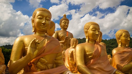 You can reach the Golden Buddha in just an hour and a half from Bangkok