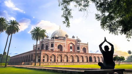 Explore Delhi's splendid Mughal architecture
