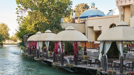 Set on the riverbank, Khanstvo Manas brings food and cultures from across Central Asia to Tashkent
