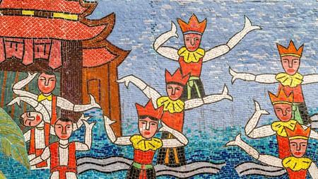 Pick up a memorable Hanoi souvenir with our top tips