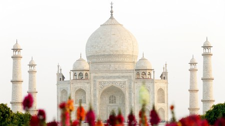 Delhi is a popular jumping-off point to visit the Taj Mahal